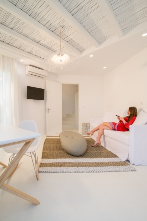 Enjoy the benefits of this comfortable room